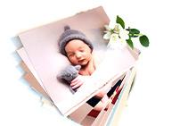عکس های خانوادگی چاپ شده به همراه گل سفید_ عکس استفاده شده در سایت aloocartridge.com